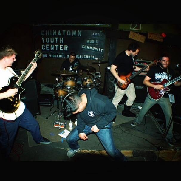 Farooq Band 4